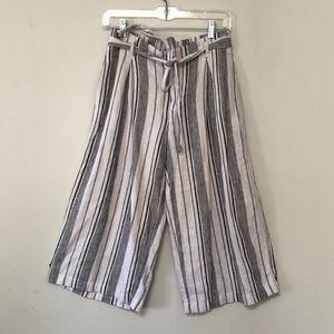Gap white striped crop wide leg culottes